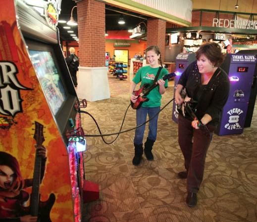 Statesboro, GA: Mother/Daughter Fun playing Guitar Hero