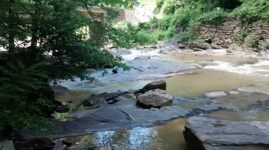 Sope Creek Trail