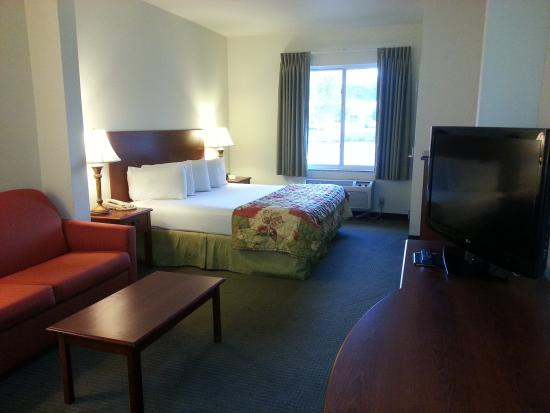 Photo of Jameson Inn & Suites Newport News