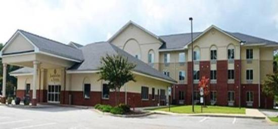 Jameson Inn & Suites: Our Beautiful Property