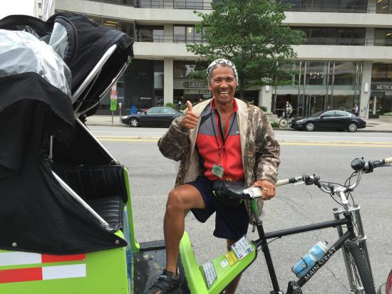 National Pedicabs: Rob, our National Pedicab driver/tour guide in Washington!