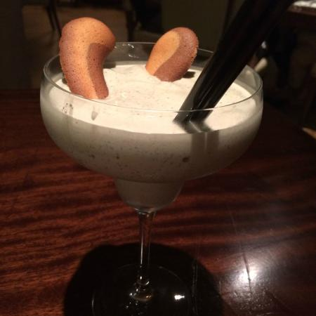 Seven Grill & Lounge: Ice cream cocktail - Bailey's, mint liqueur, and Oreo cookies -- you can't not have it.
