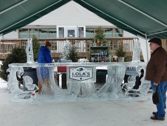 Lola's Lakehouse: Carved Ice Bar in the winter on the lake