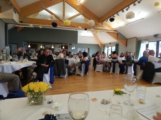 Plas bodegroes wedding