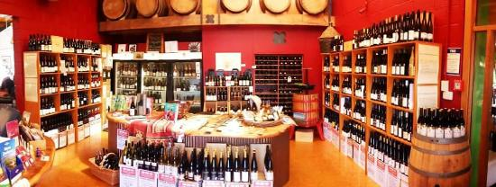 Leithfield, New Zealand: Local Waipara Valley North Canterbury wines, art, specialist gifts,  gourmet essentials, designe