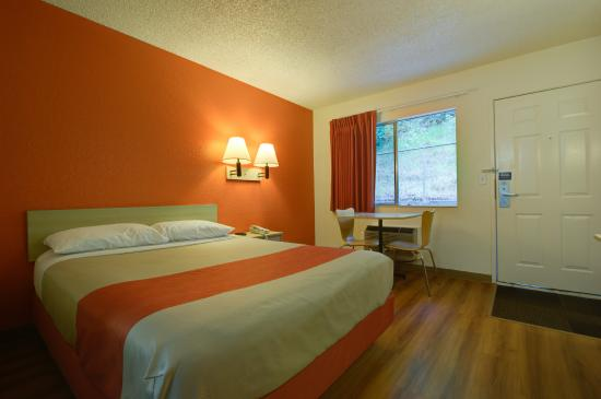 Motel 6 Seattle Airport: Guest Room