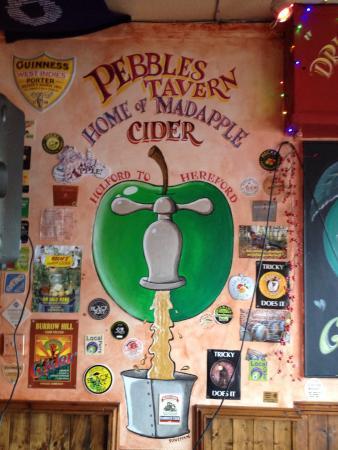Pebbles Tavern: Gurt Lush