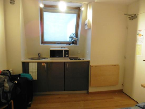 RESIDENCE SAINT SULPICE : Habitación - cocina