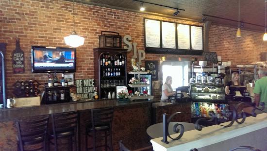 Chandler Cafe: Bar and Ordering Station