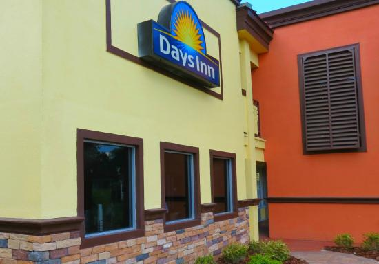 Welcome to Days Inn Brooksville!