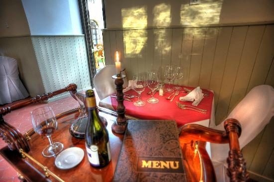 Hostacov, República Checa: Wine service