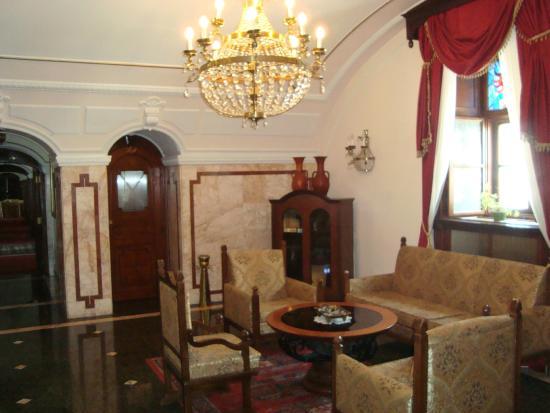 Hotel Leopold I: Λόμπυ