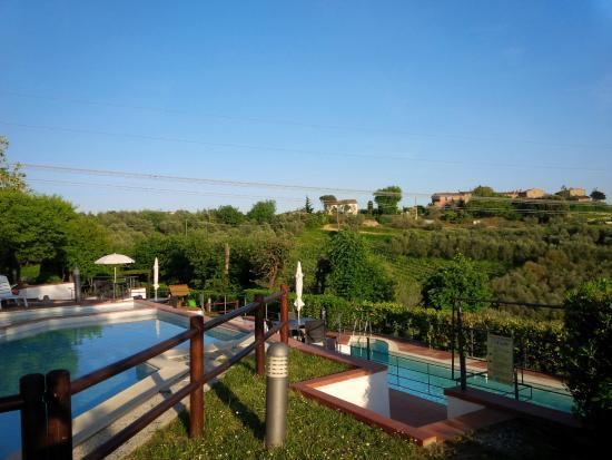 Borgo La Casaccia: Bi-level pool area