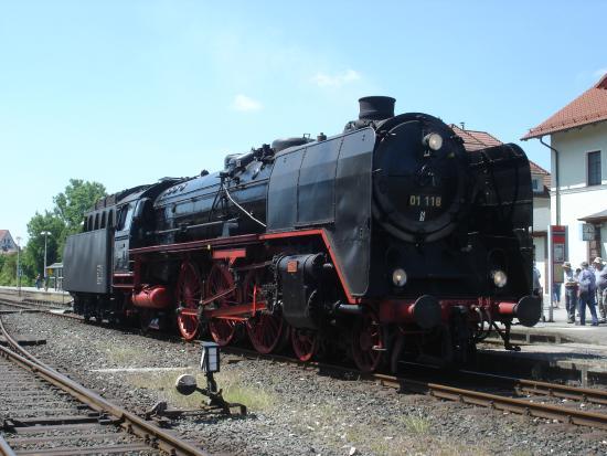 Die 01 118 im Bahnhof Ebermannstadt