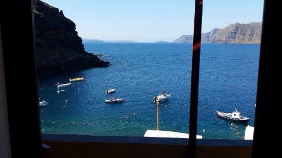 Amoudi Villas : View from studio villa up top!!