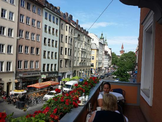 Hotel Torbraeu: View from breakfast balcony area.