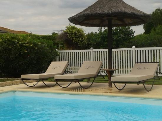 Hotel Lou Garbin: piscine