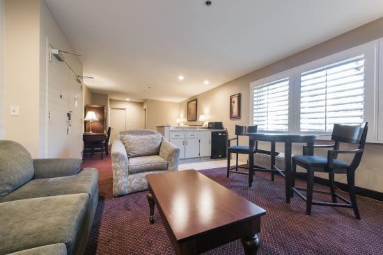 Grand Vista Hotel Executive Suite