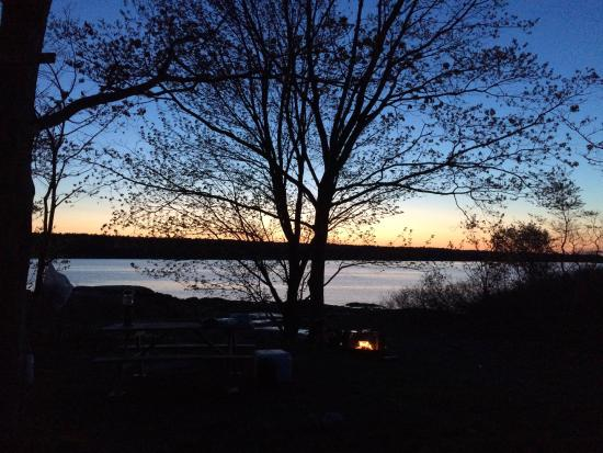 Flood's Cove Ocean Front Cottages & Campsites: So relaxing