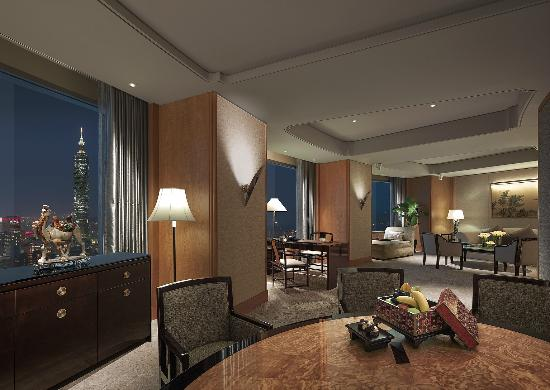Shangri-La's Far Eastern Plaza Hotel Taipei: Specialty Suite