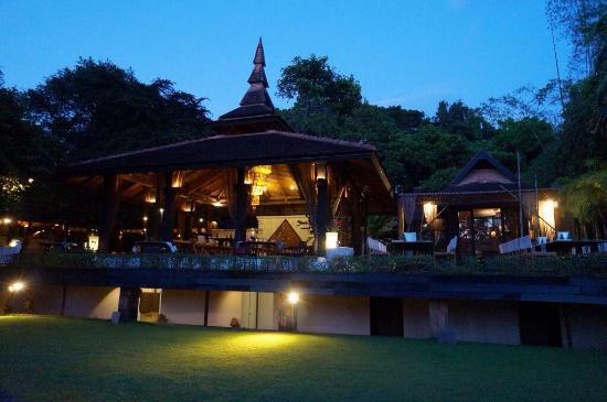 Baan Suan Restaurant