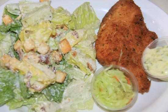 Leeside Restaurant & Patio Bar: White fish and salad with Cesar sauce