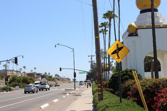 Swami's Cafe: Surfer Crossing, across from Swami's