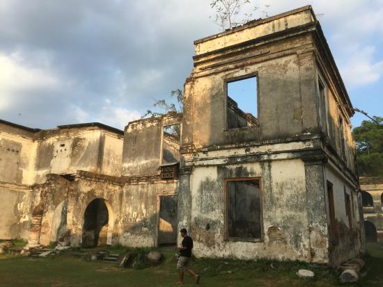 East Java, Indonesia: Bangunan dalam Benteng
