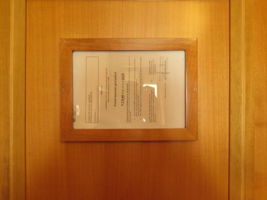Polo Hotel: Room's door
