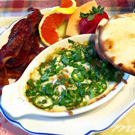 Autumn Pond Bed and Breakfast: baked eggs in Mexican cheese with bacon