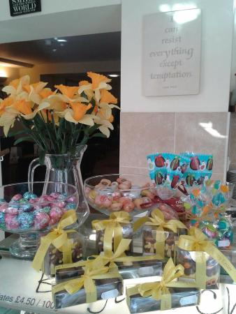Castle Cary, UK: Easter gifts
