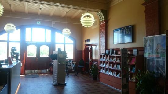 The Gjoevik Region Tourist Office: Inside the tourist information building