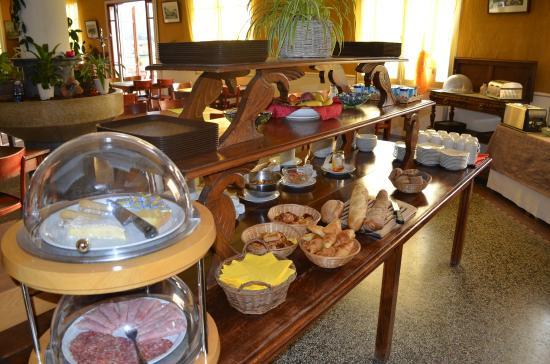 Hôtel Lac et Forêt : Buffet du petit-déjeuner