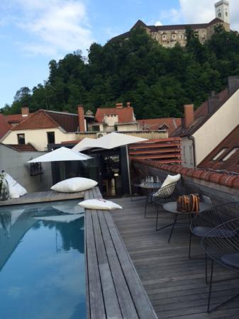 Rooftop pool picture of vander urbani resort a member for Design hotel ljubljana