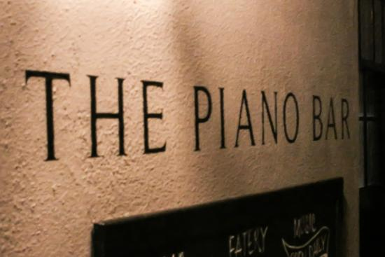 The Piano Bar Cape Town: Welcome to The Piano Bar