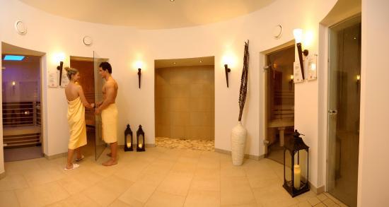 Hotel Vier Jahreszeiten: Saunabereich