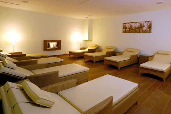 Hotel Vier Jahreszeiten: Ruheraum im Welnissbereich
