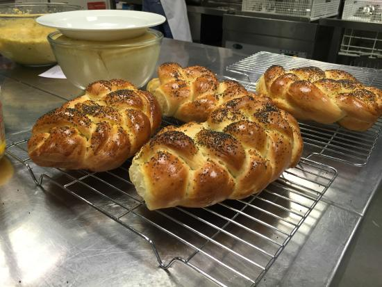 Cookery School at Little Portland Street: Delicious freshly baked bread!