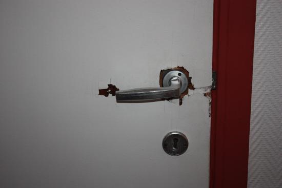 broken door handle to bathroom picture of hotel windsor brussels rh tripadvisor com
