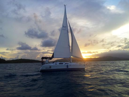 Dolce Far Niente Sailing Charter - Day Tours