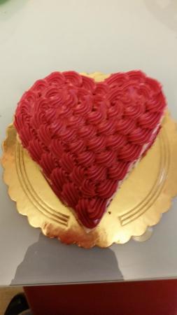 Torta Di San Valentino A Forma Di Cuore Bild Von Pasticceria