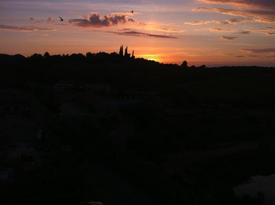 Vimbodi, إسبانيا: Anochecer