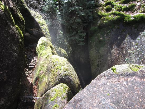 Gifu Prefecture, Japón: 奇岩怪石