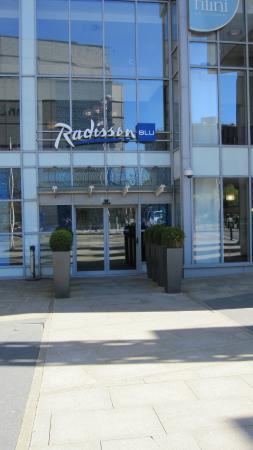 junior suite picture of radisson blu hotel cardiff cardiff rh tripadvisor com