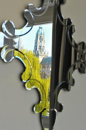 Villa Lara Hotel : Detail: mirror in a Junior Suite