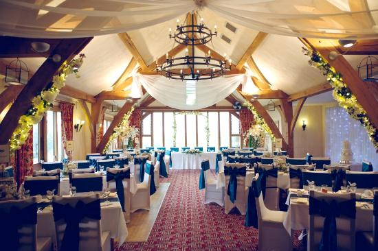 The Oak Room Restaurant - Dainton Park: Wedding in the Oak Room Restaurant at Dainton Park Golf Club
