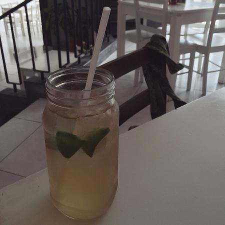 El Postrecito: Te frio! Delicious and refreshing after a hot Merida afternoon!