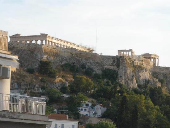 Athos Hotel: Daytime view