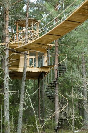 Urnatur: aircastle - a treehouse for two - popular for honeymoon :)