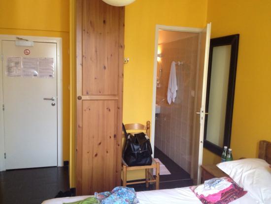 Figures De calcul des chambre simple hotel definition : Chambre Simple ...